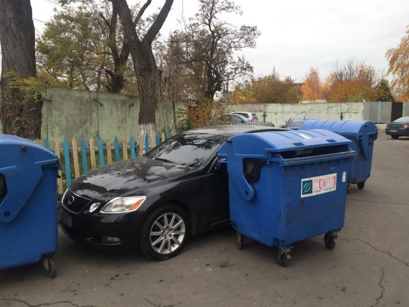 Небезразличные жители Одессы «проучили» героя парковки 1