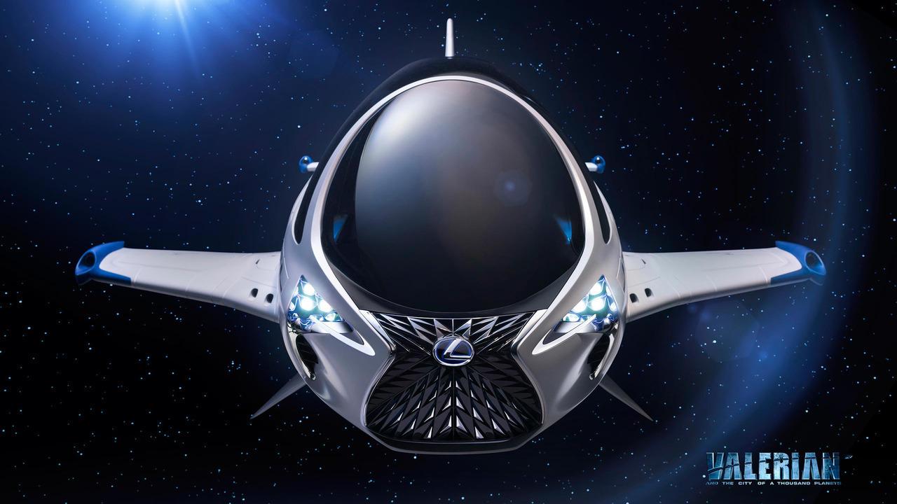 Lexus построил космический корабль 1
