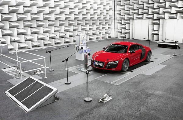 В США электромобили «начнут шуметь» 1