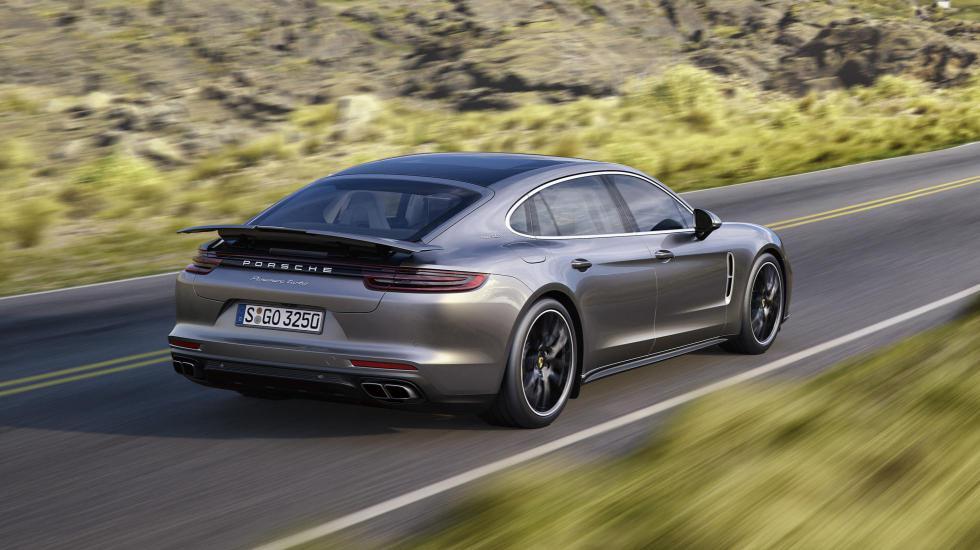 В Porsche сделали роскошную Panamera и «бюджетную» 2