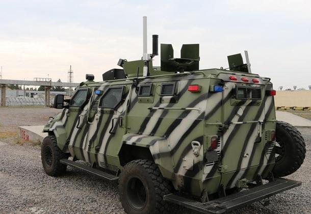 В Украине построили беспилотный броневик КрАЗ 1