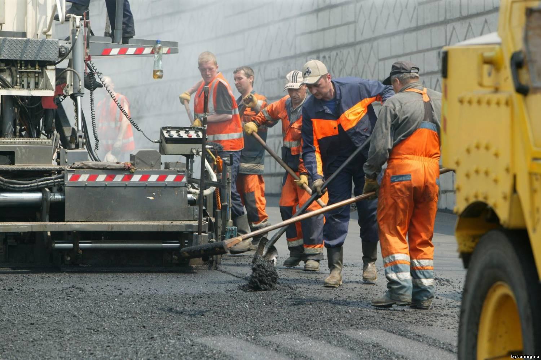 Премьер-министр решил потратить на ремонт 1700 км дорог, сумму в размере 14 млрд грн 1