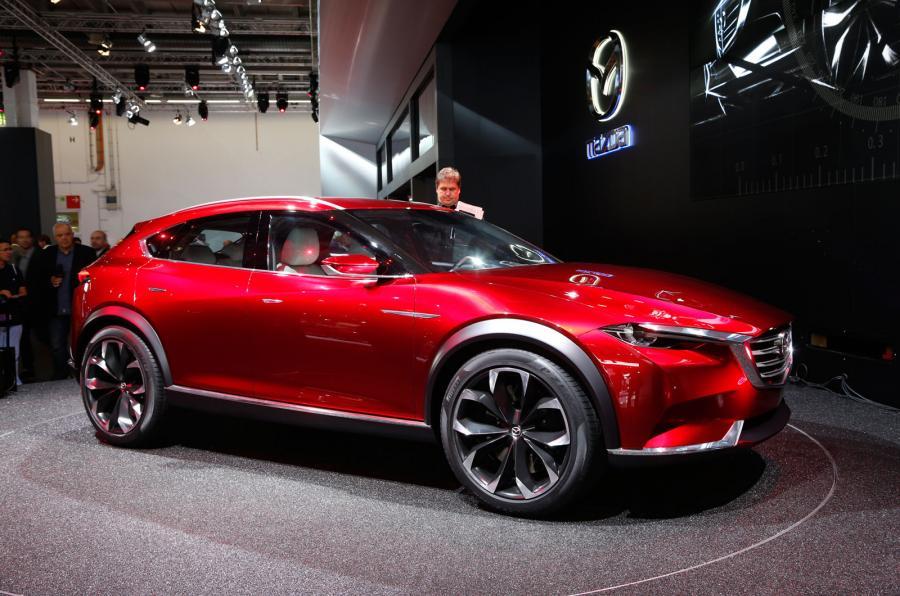 Новый кроссовер Мазда CX-4 представят в уже в апреле 2
