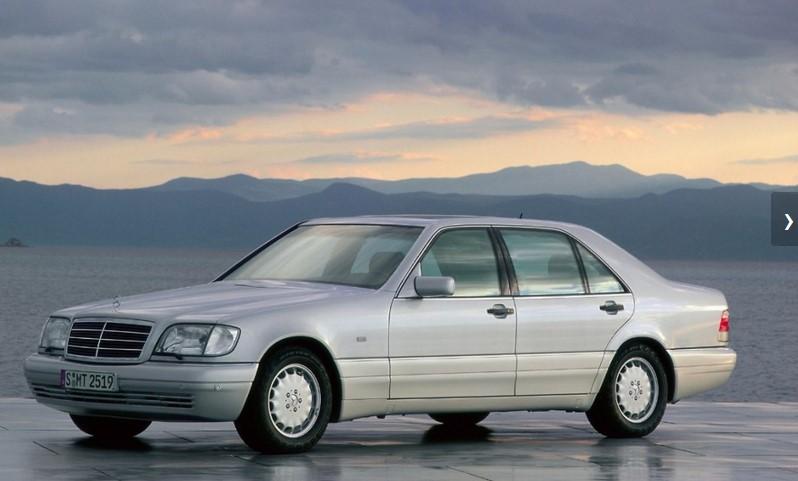 В марте 2016 года, популярной модели Mercedes-Benz исполнилось 25 лет 2