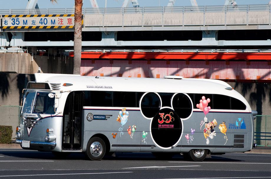 10 «самых клевых» автобусов в мире 2