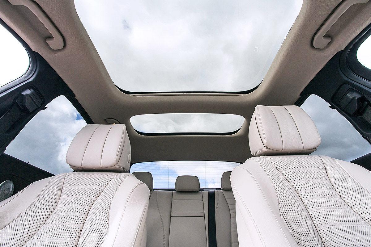 «Почти S-класс»: тест-драйв Mercedes E 300 13