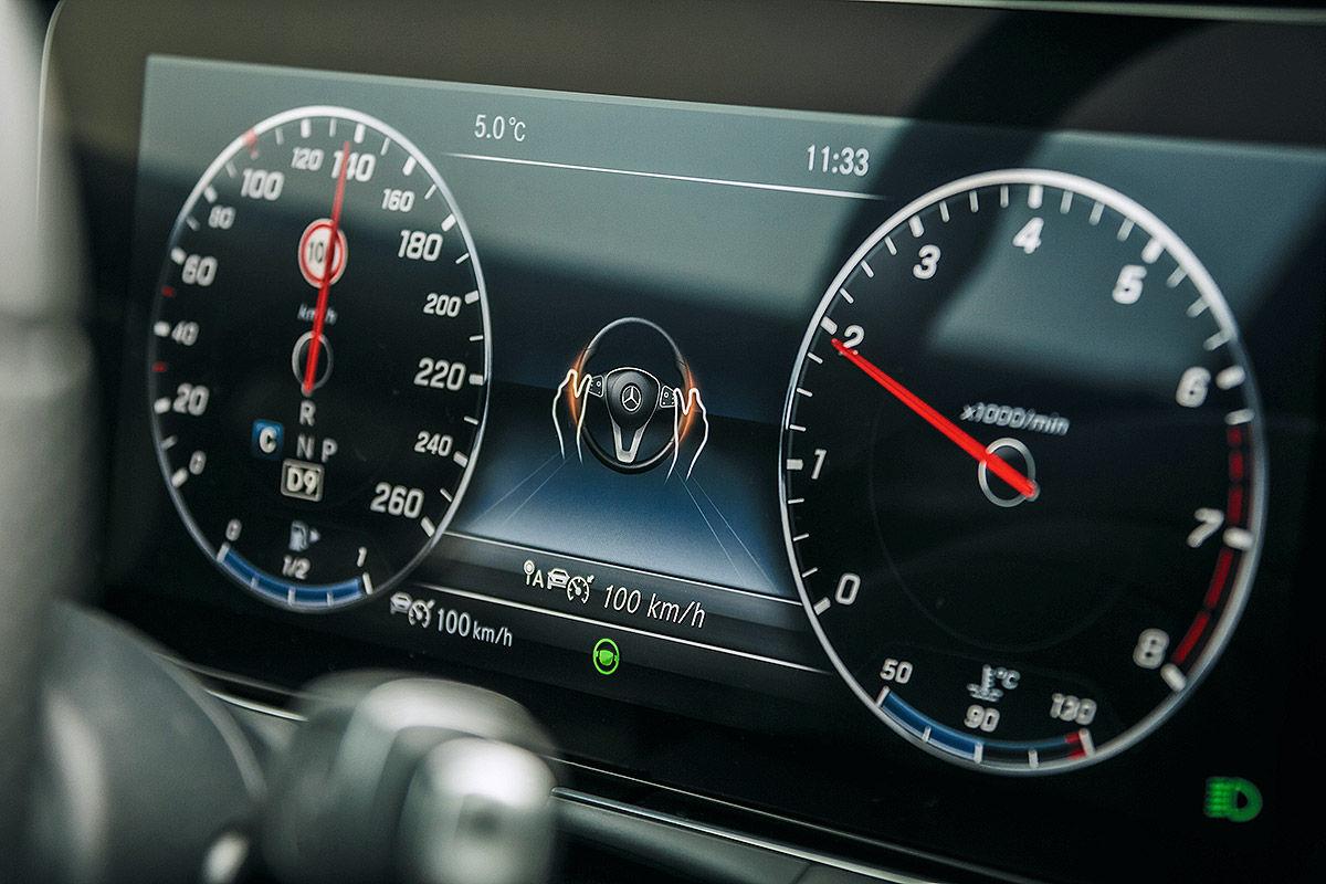 «Почти S-класс»: тест-драйв Mercedes E 300 12