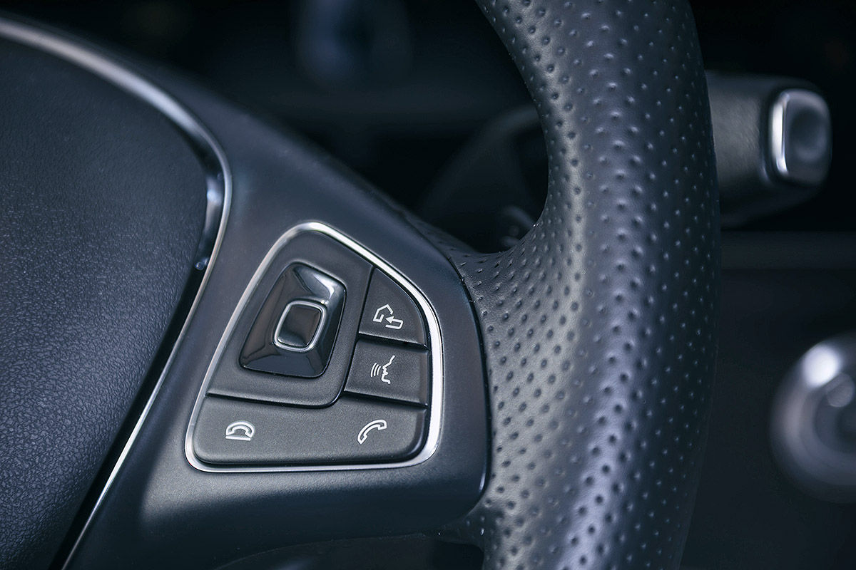 «Почти S-класс»: тест-драйв Mercedes E 300 11