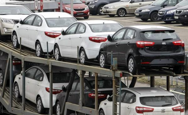 В обход растаможки: автомобили из Крыма и России 1