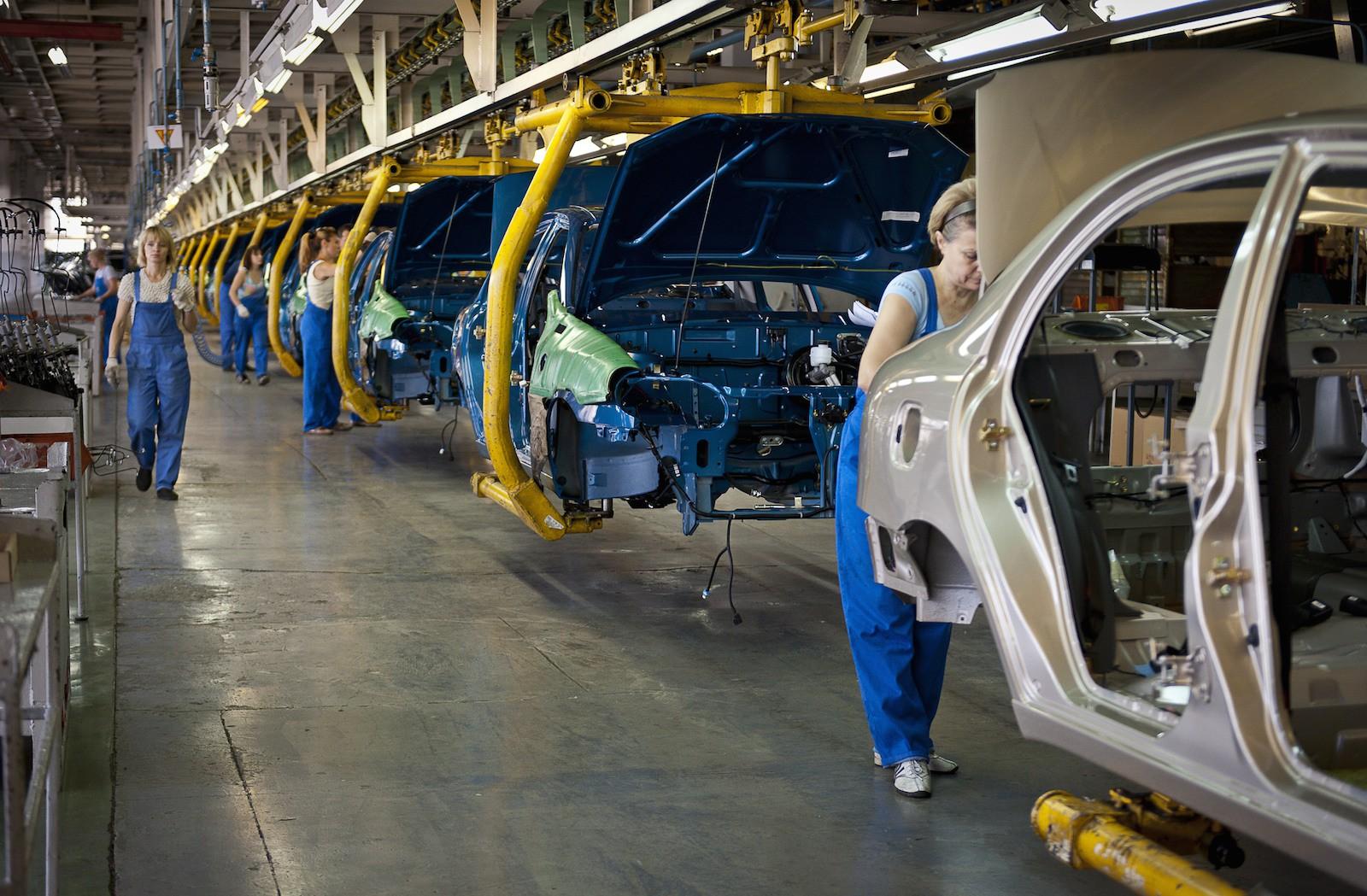 В феврале украинские автопроизводители «собрали» менее 200 авто 1