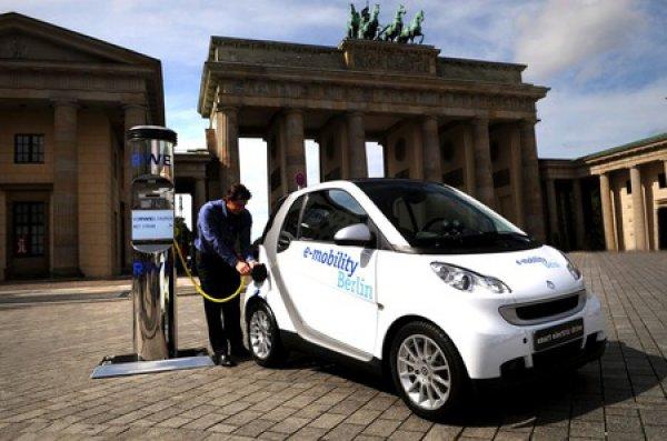 Немецкий автопром «дарит 5000 евро» покупателям электромобилей 1