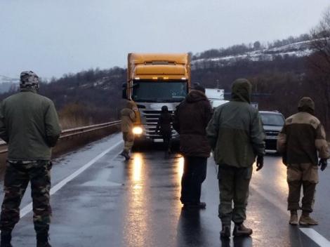 «Прорвались!»: за сутки в Украину въехало около 100 «фур из РФ» 1