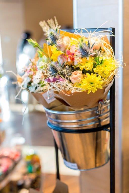 Живые цветы на «ОККО» – новый сервис для современных киевлян 4
