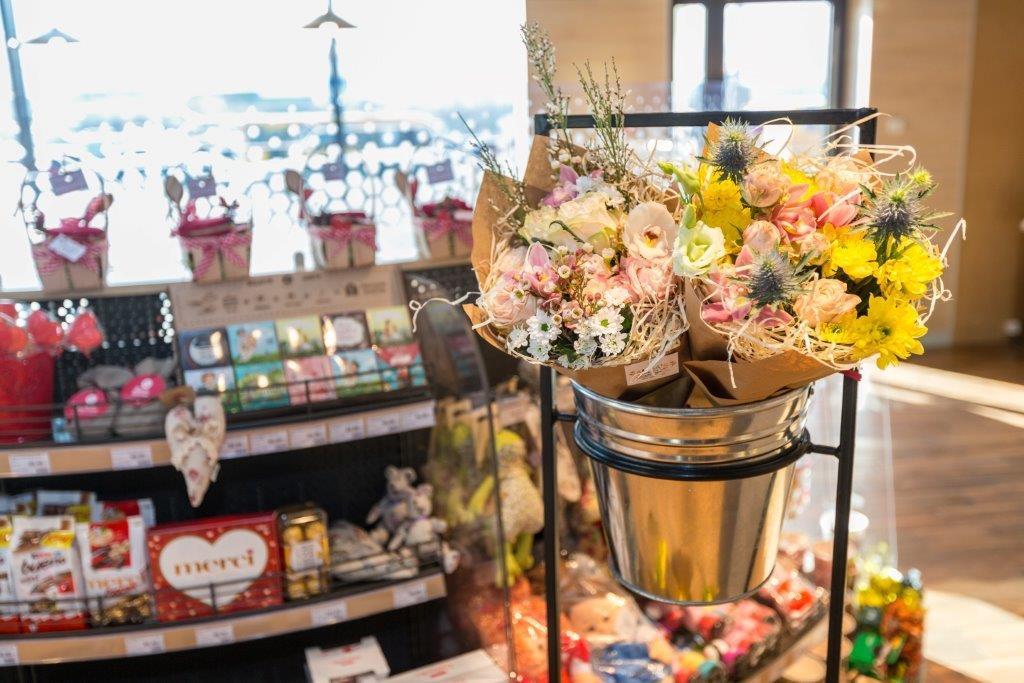 Живые цветы на «ОККО» – новый сервис для современных киевлян 3