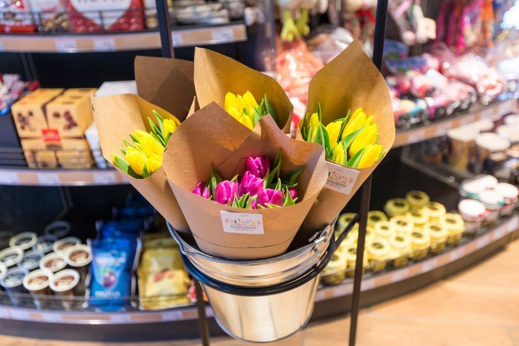 Живые цветы на «ОККО» – новый сервис для современных киевлян 2