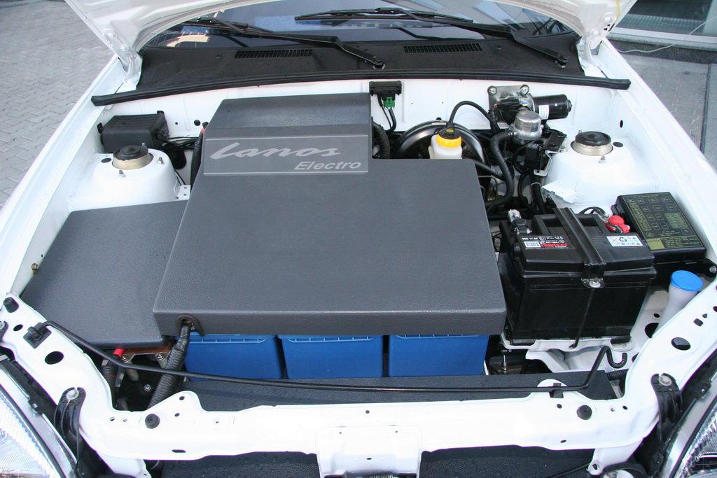 Специалисты ЗАЗ построили электромобиль «Lanos» 2