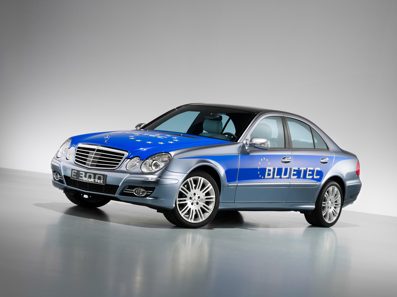Автовладельцы массово подают в суд на компанию Mercedes-Benz 1