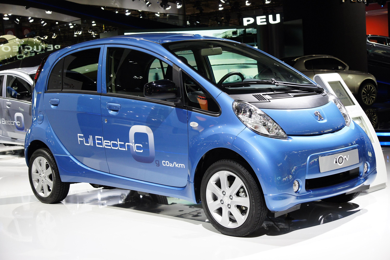 О чем «недоговаривают» разработчики электромобилей: результаты новых тестов 2