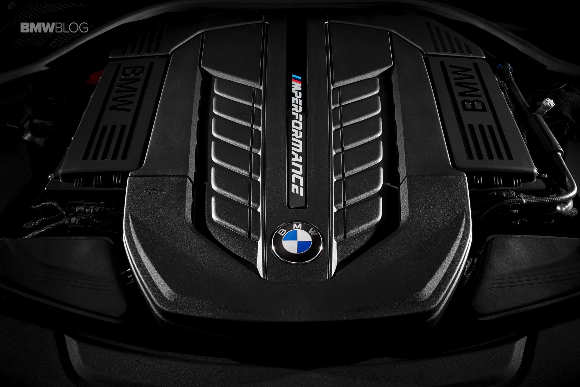 Корпорация БМВ покажет на автосалоне новую версию седана 7-Series 2