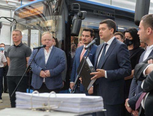 Глава Верховной Рады посетил завод «Электронмаш» 1