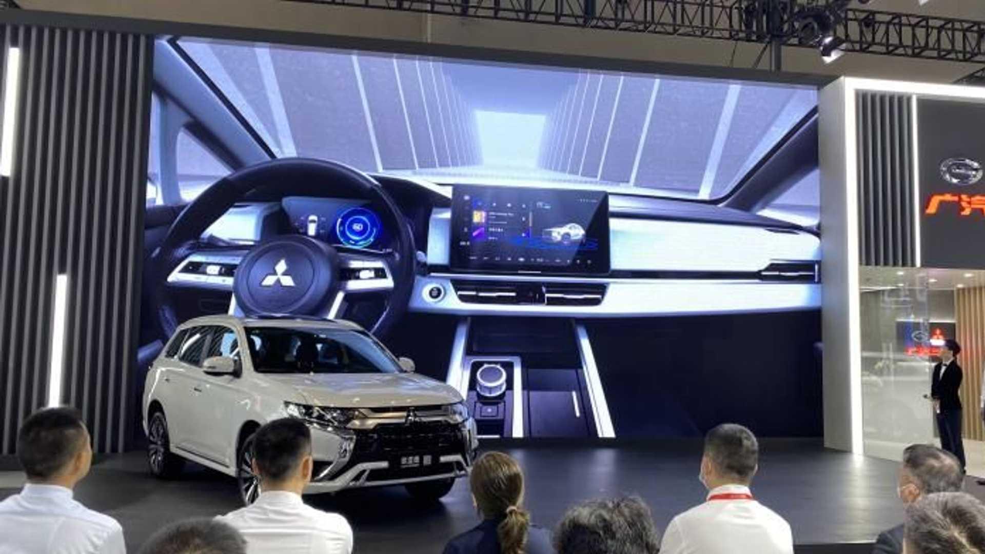 Mitsubishi показала новый кроссовер «следующей эры» Airtrek 2