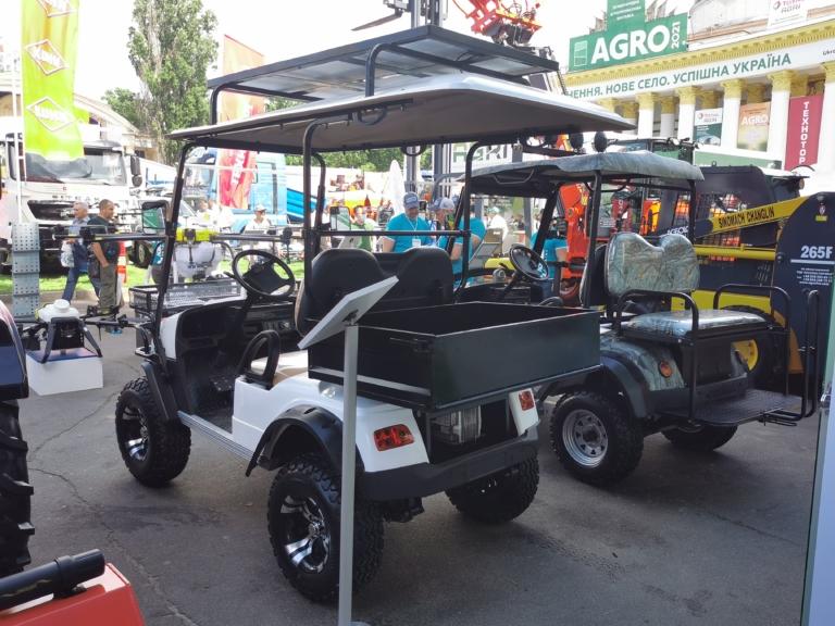 В Киеве показали электромобили для аграриев 3