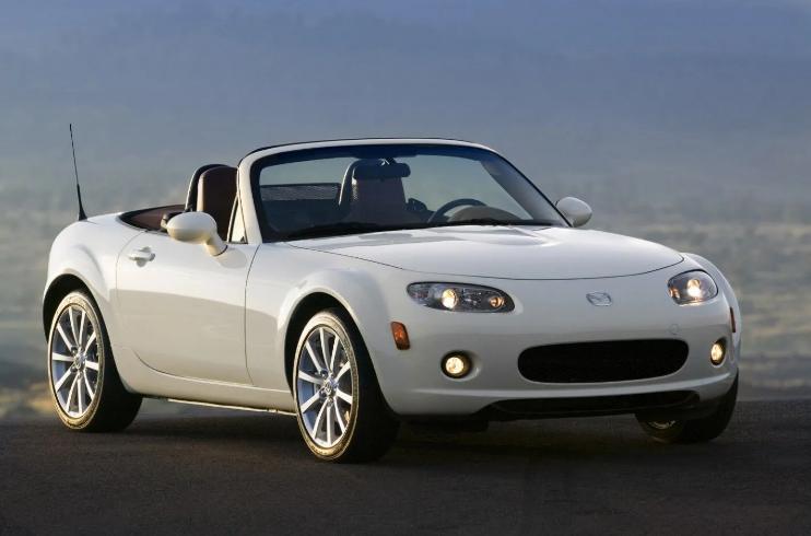 Найдешевші і надійні б / у авто в різних класах: рейтинг 6