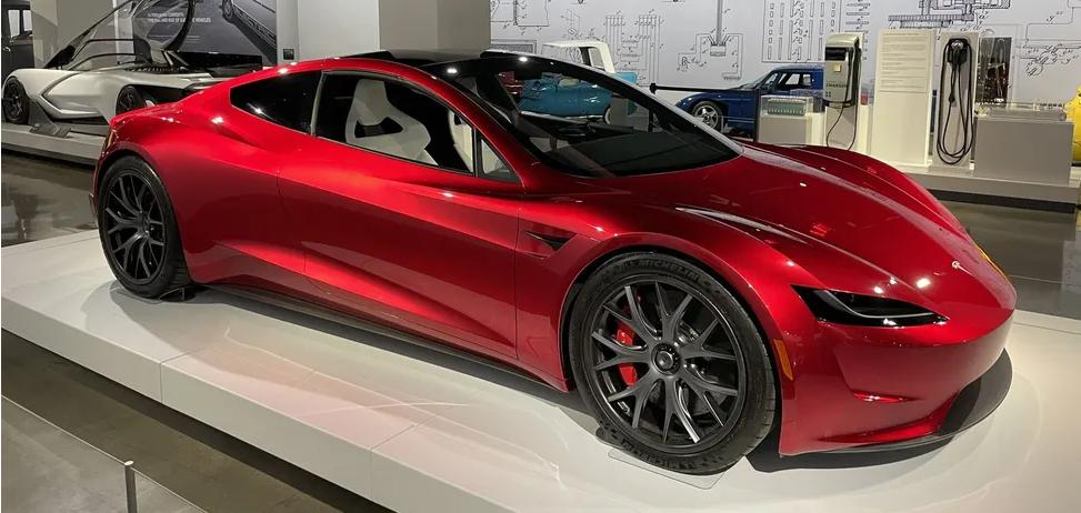 За секунду до сотни:Tesla Roadster SpaceX поражает динамикой 1