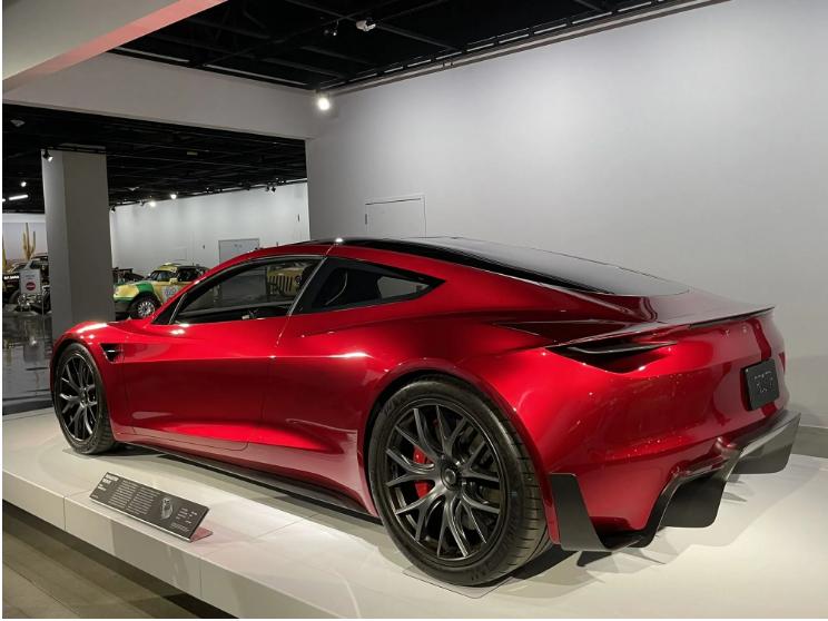 За секунду до сотни:Tesla Roadster SpaceX поражает динамикой 3