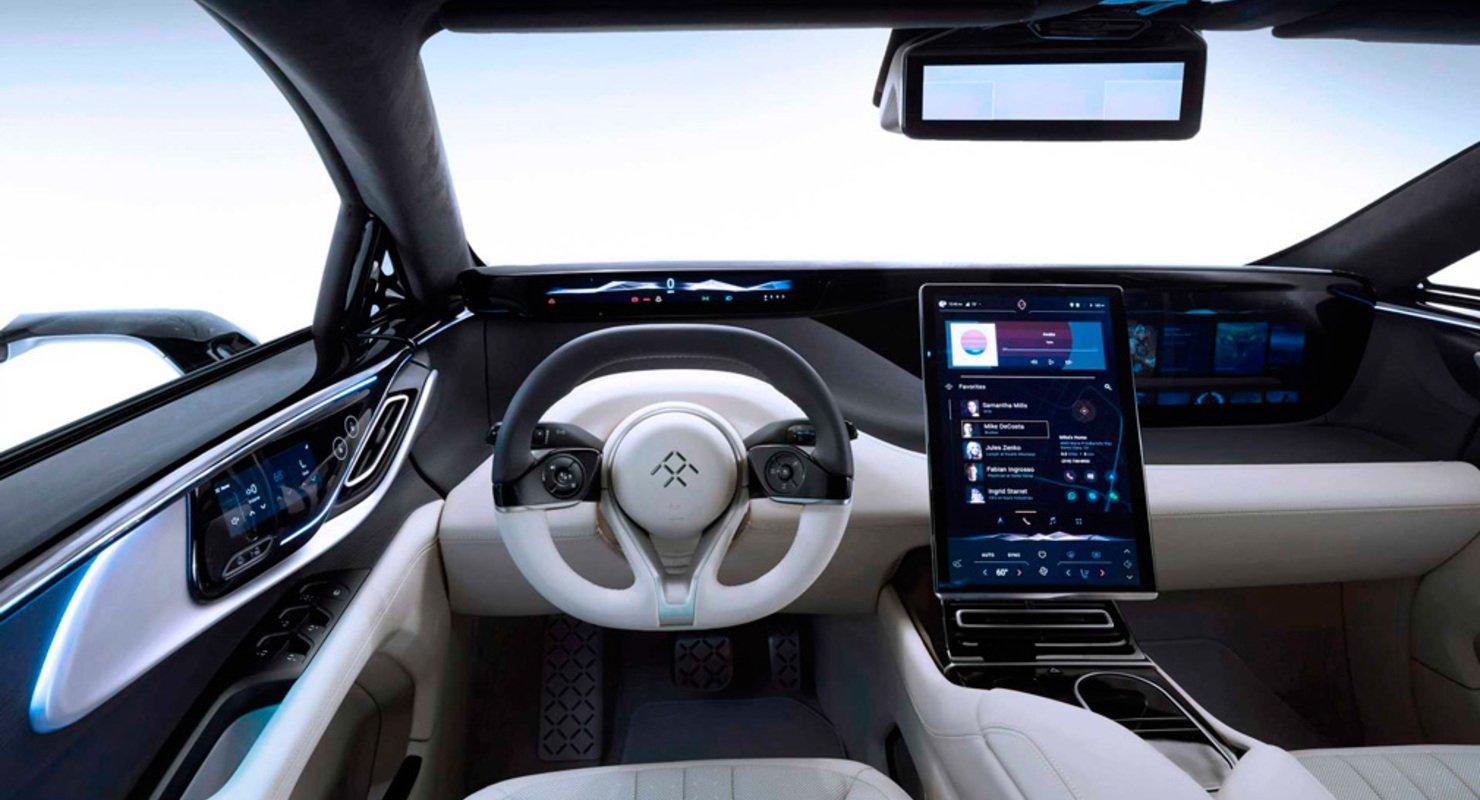«Автомобиль будущего»: салон Faraday Futureбудет оснащен 11 дисплеями 2