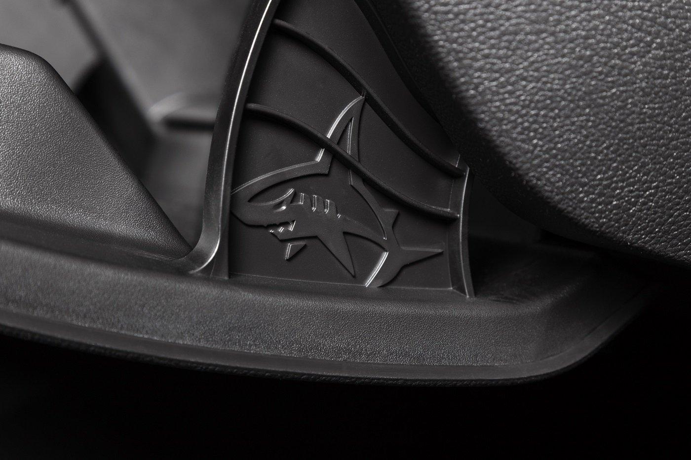 Почему в автомобилях Opel спрятаны акулы 1