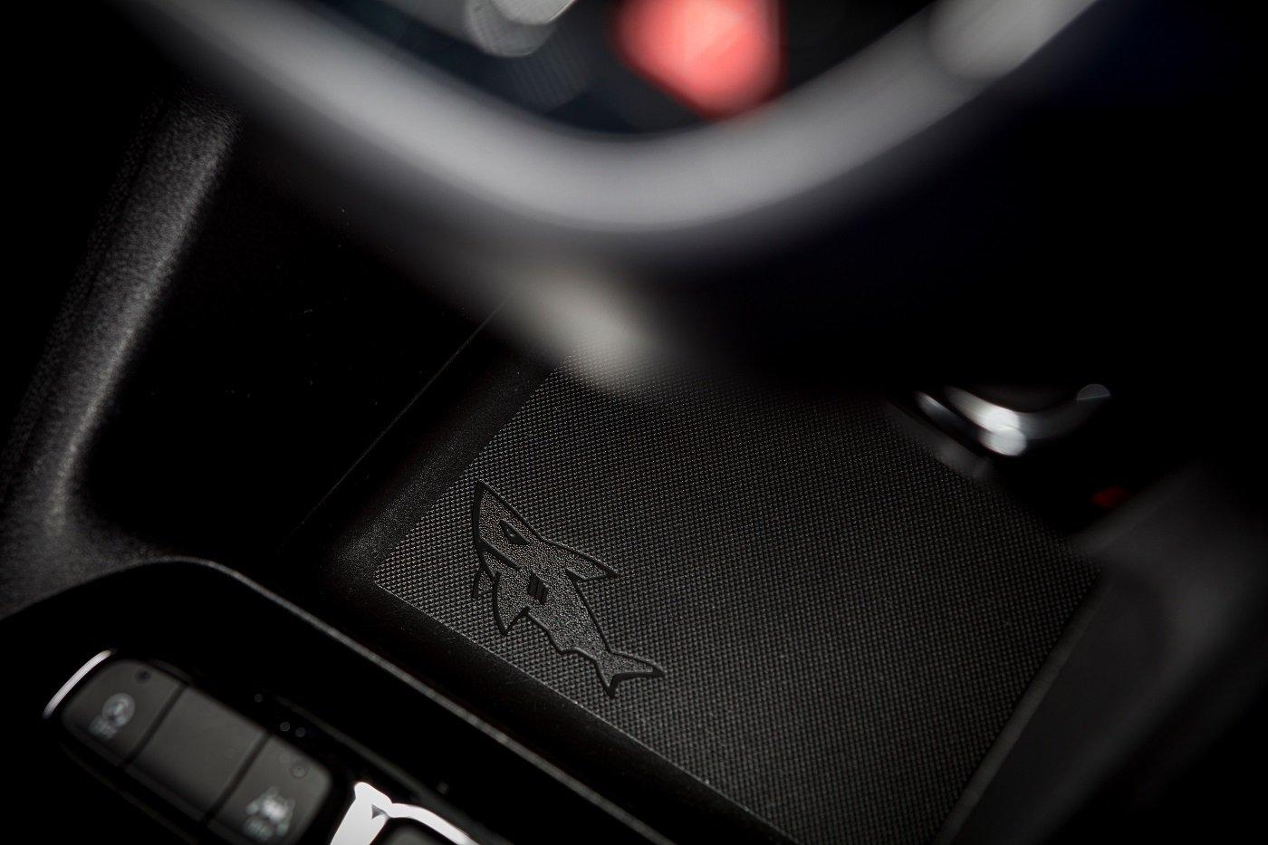 Почему в автомобилях Opel спрятаны акулы 2