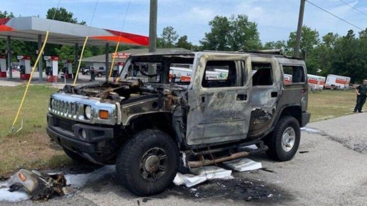 Запасался бензином и сжег Hummer (фото) 1