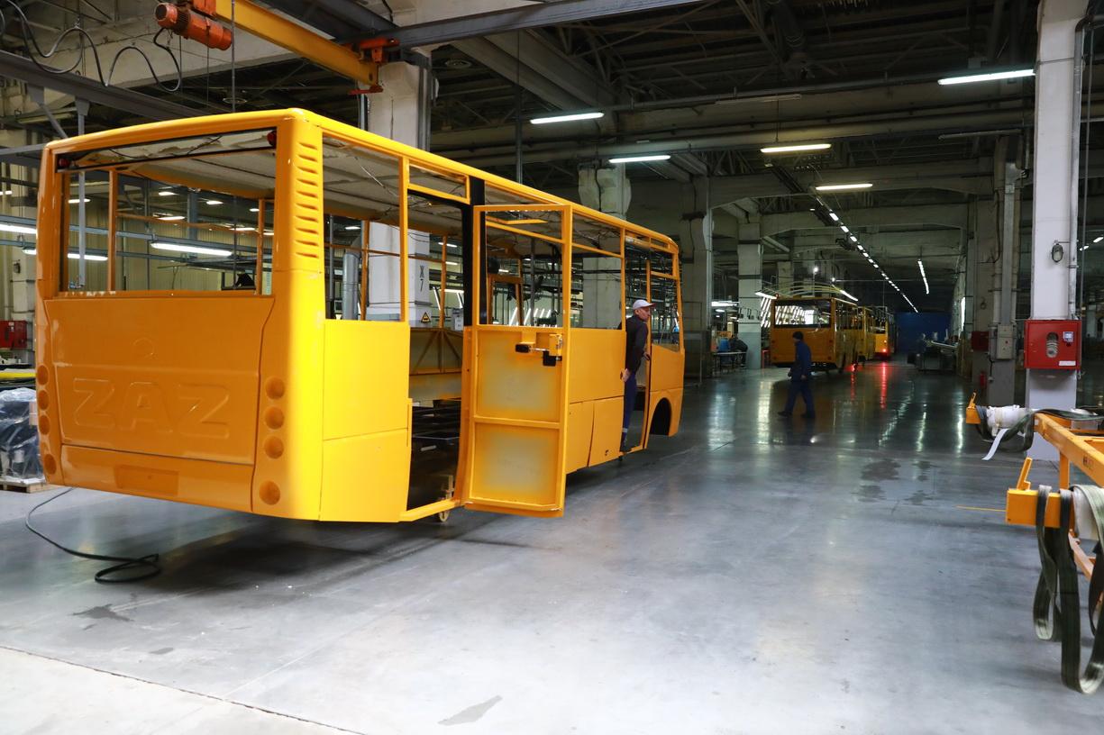 ЗАЗ впервые показал производство автомобилей в 2021 году (фото) 2