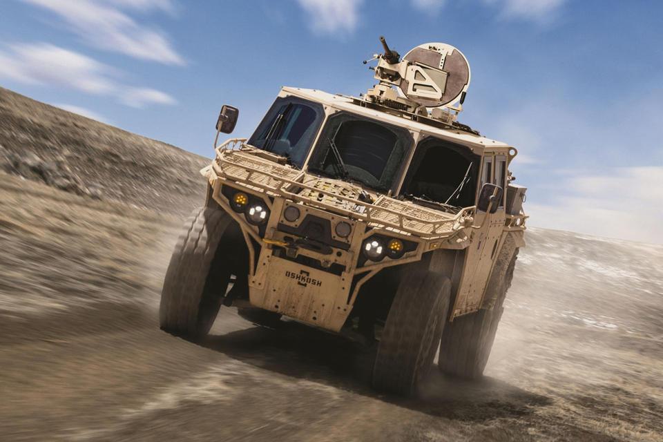 9 самых крутых военных внедорожников 2
