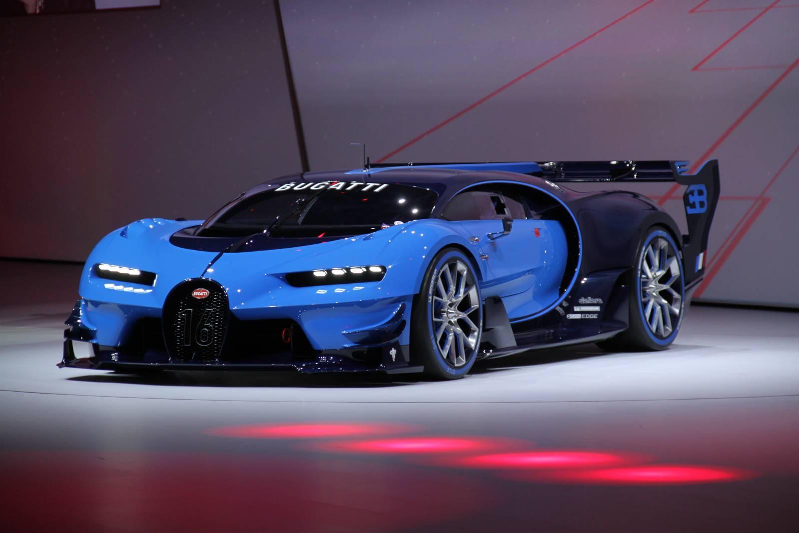 Первые живые фото Bugatti Vision Gran Turismo, Mazda Koeru и других 1
