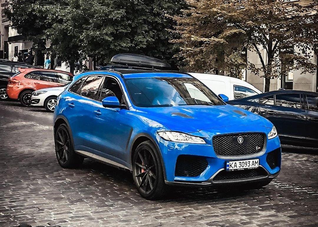 В Украине появился самый быстрый и самый крутой кроссовер Jaguar 1