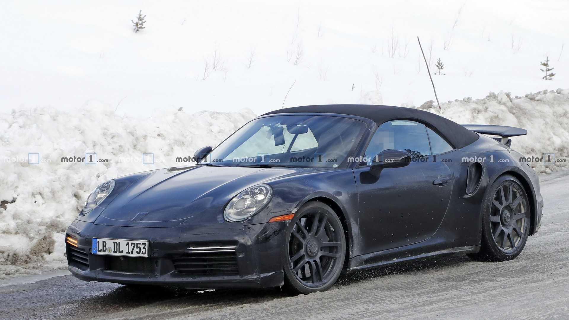 Porsche начал тестировать новый 911 Turbo на «Нордшляйфе»