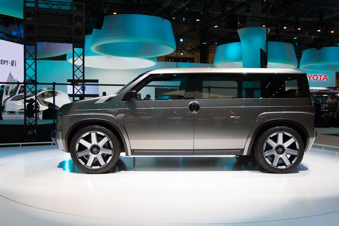 Toyota готовит практичный «квадратный» внедорожник