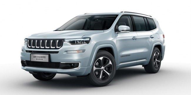 Jeep представил гибридную версию кроссовера Commander