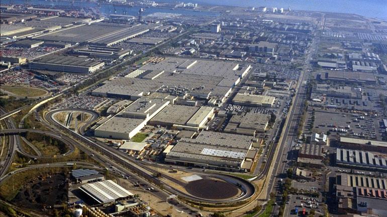 Nissan сокращает персонал на заводе в Барселоне