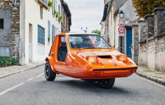 Уникальный трехколесный спорткар выставили на продажу