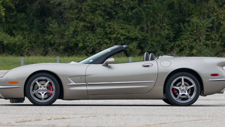 Представлена юбилейная версия Corvette C5