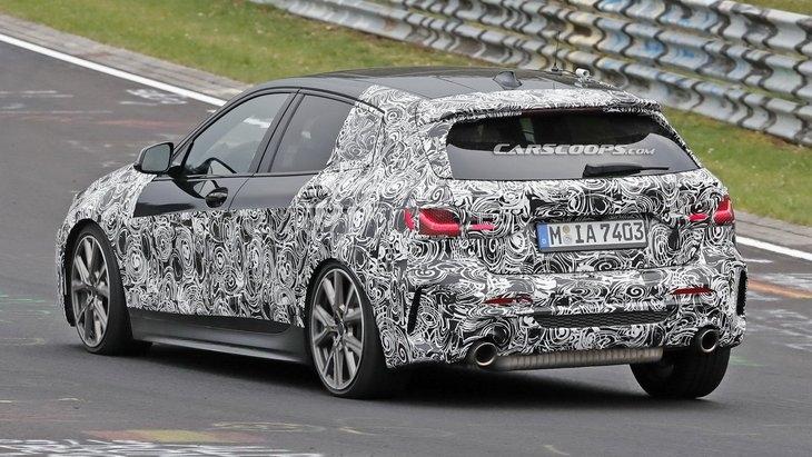 Фотошпионы рассекретили интерьер новой BMW 1 Series