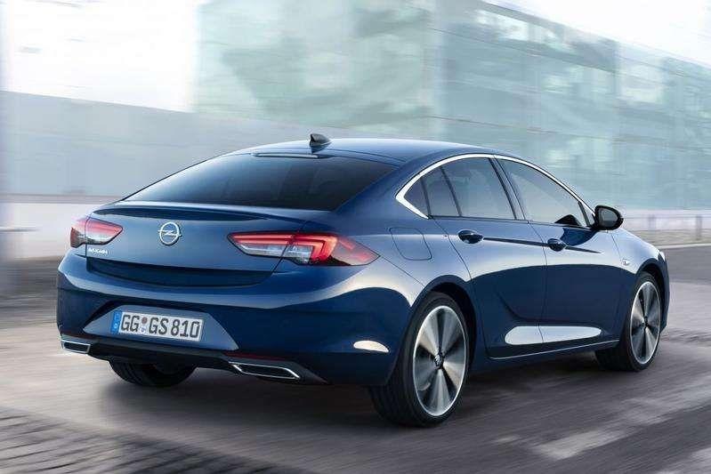 Opel презентовал новую Insignia