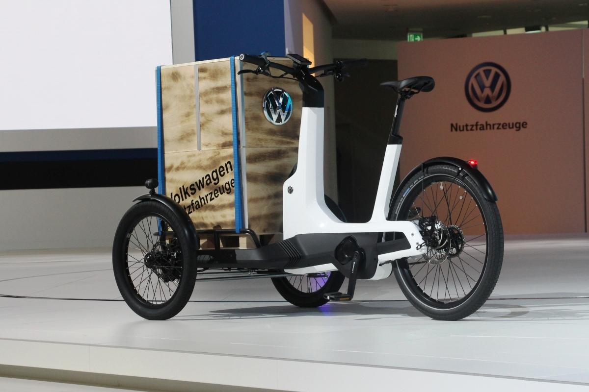 Volkswagen запускает в серию грузовой электровелосипед