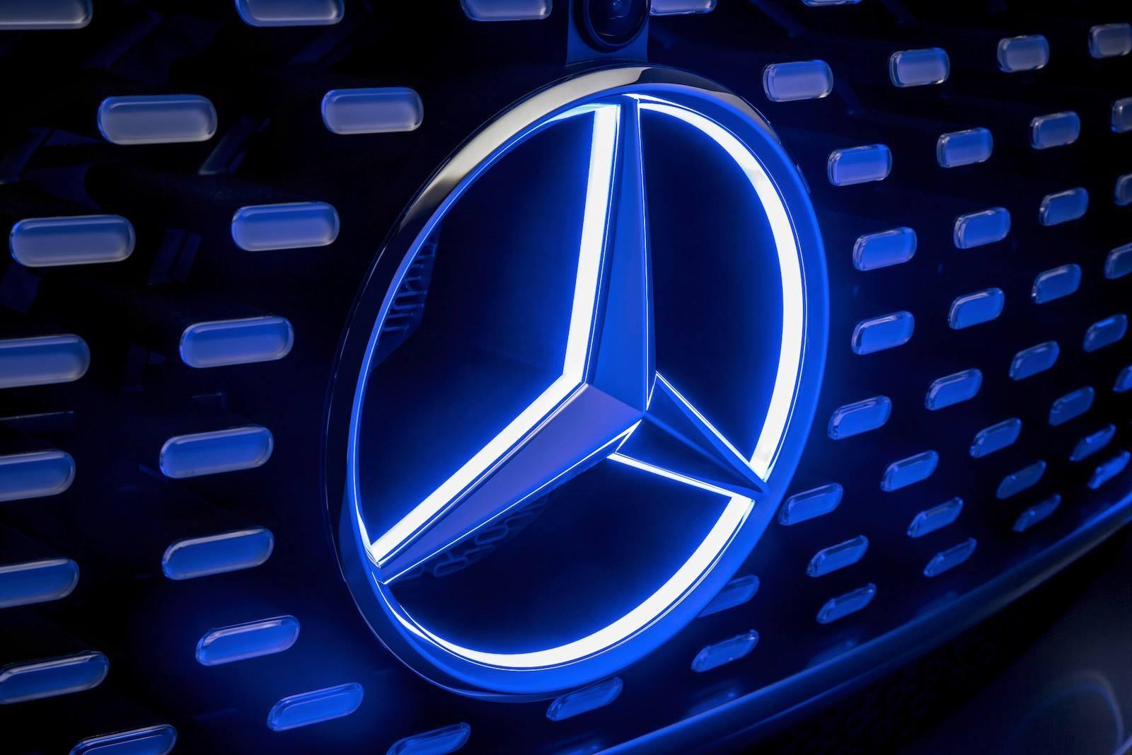 Красивые картинки с логотипами машин становится неуютно