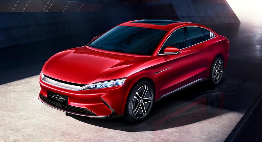 В Китае выпустили первый, серийный автомобиль с 5G