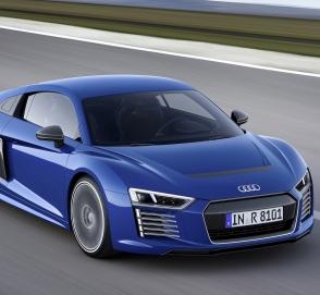 «Железный человек» протестировал новый Audi e-tron GT