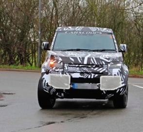 Опубликованы снимки короткобазной трёхдверки Land Rover Defender 90